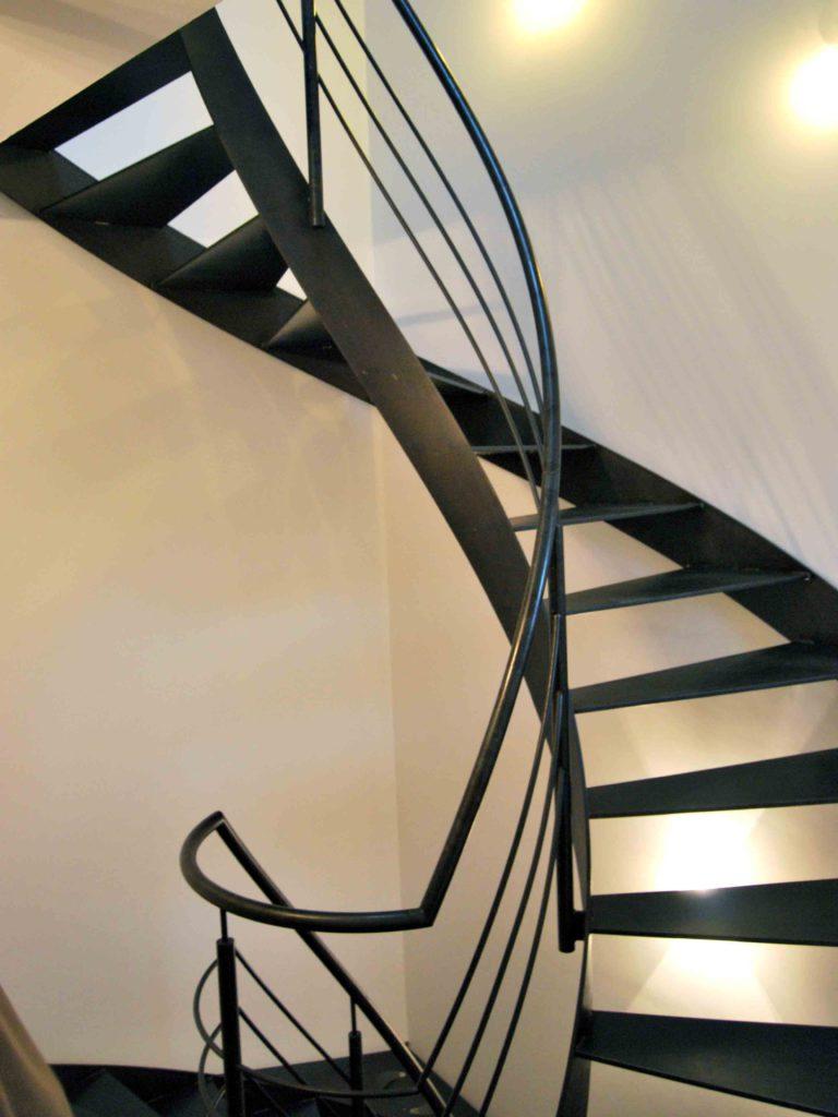 108 | Stahltreppe